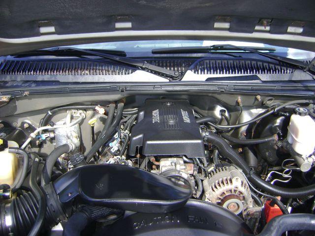 2000 Chevrolet EXT CAB 4WD LT in Fort Pierce, FL 34982