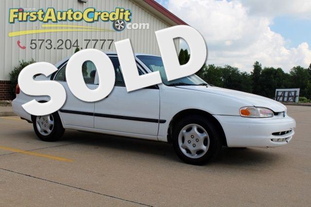 2000 Chevrolet Prizm in Jackson MO, 63755