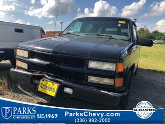 2000 Chevrolet Tahoe Limited in Kernersville, NC 27284