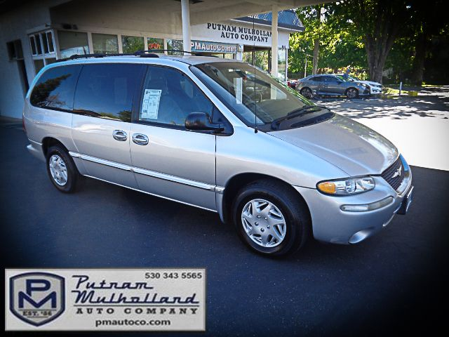 2000 Chrysler Town & Country LX Chico, CA