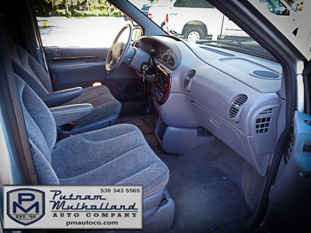 2000 Chrysler Town & Country LX Chico, CA 12