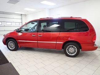 2000 Chrysler Town & Country Limited Lincoln, Nebraska 1