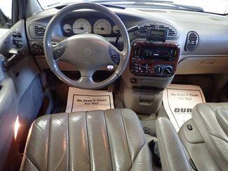 2000 Chrysler Town & Country Limited Lincoln, Nebraska 4