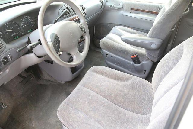 2000 Chrysler Town & Country LX Santa Clarita, CA 8