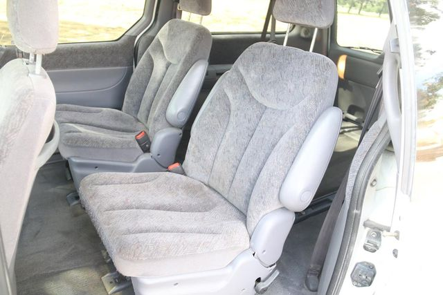 2000 Chrysler Town & Country LX Santa Clarita, CA 16