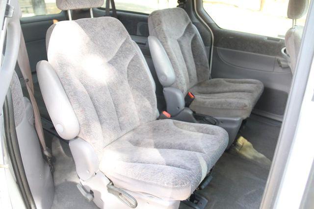 2000 Chrysler Town & Country LX Santa Clarita, CA 15