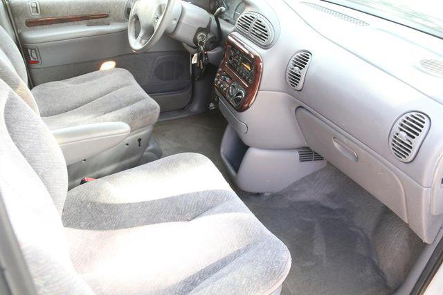 2000 Chrysler Town & Country LX Santa Clarita, CA 9