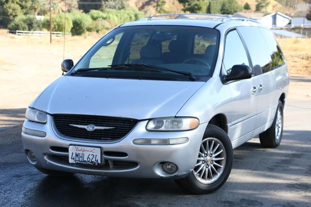2000 Chrysler Town & Country Limited Santa Clarita, CA 4