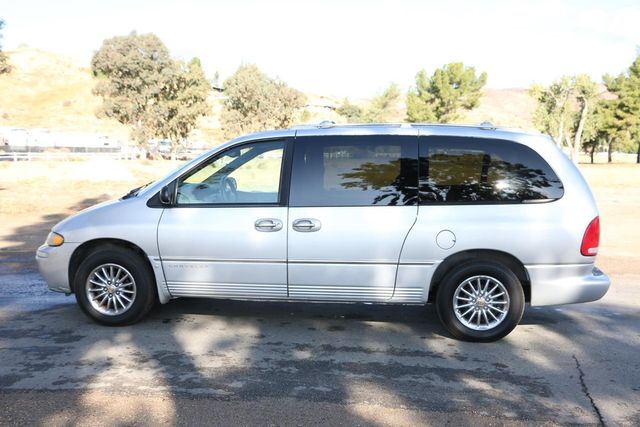 2000 Chrysler Town & Country Limited Santa Clarita, CA 11