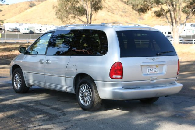 2000 Chrysler Town & Country Limited Santa Clarita, CA 5