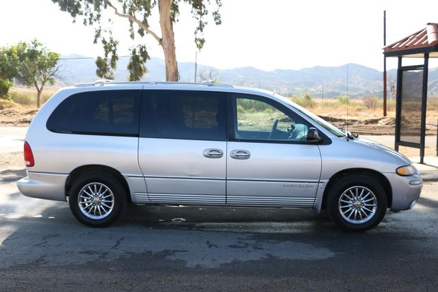 2000 Chrysler Town & Country Limited Santa Clarita, CA 12