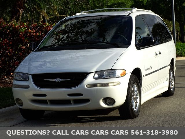2000 Chrysler Town & Country Limited in West Palm Beach, Florida 33411