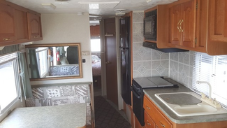 2000 Damon Daybreak 3130   city Florida  RV World Inc  in Clearwater, Florida