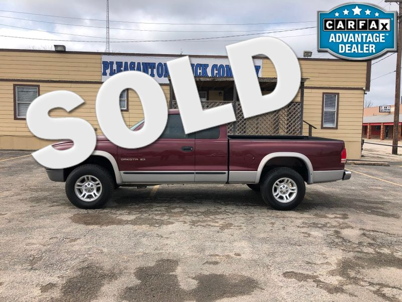 2000 Dodge Dakota Sport | Pleasanton, TX | Pleasanton Truck Company in Pleasanton TX
