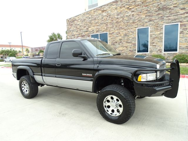 2000 Dodge Ram 2500 Manual Transmission in Corpus Christi, TX 78412