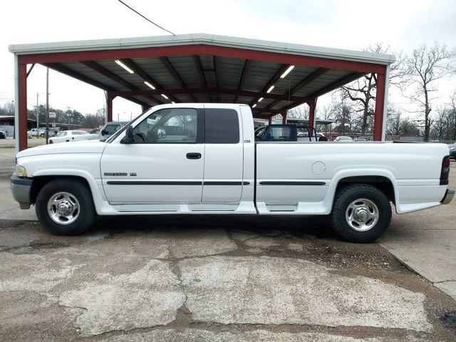 2000 Dodge Ram 2500 slt Houston, Mississippi 3