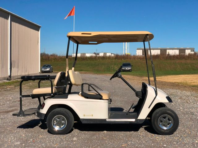 2000 E-Z-Go Golf Cart
