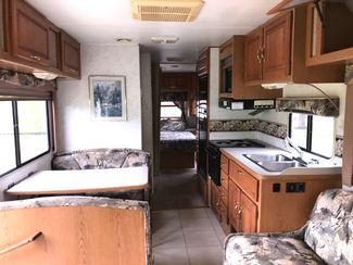 2000 Four Winds -Sleeps 4-6! Class C-KITCHEN-LIVING ROOM! DRIVEN FROM FL!! E450-LOW MILES!! CARMARTSOUTH.COM Knoxville, Tennessee 11
