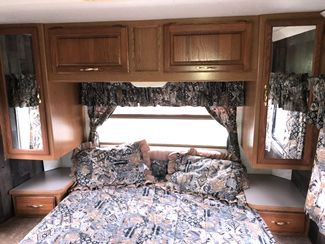 2000 Four Winds -Sleeps 4-6! Class C-KITCHEN-LIVING ROOM! DRIVEN FROM FL!! E450-LOW MILES!! CARMARTSOUTH.COM Knoxville, Tennessee 23