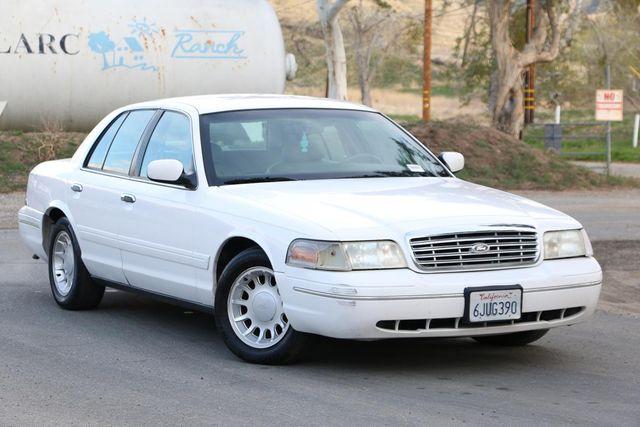 2000 Ford Crown Victoria LX Santa Clarita, CA 3