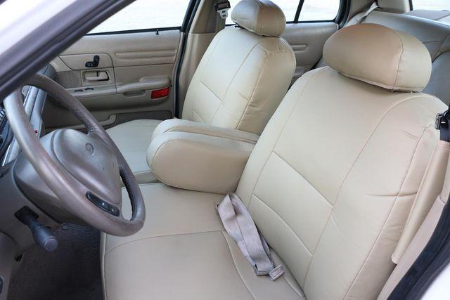 2000 Ford Crown Victoria LX Santa Clarita, CA 17