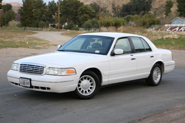 2000 Ford Crown Victoria LX Santa Clarita, CA 1