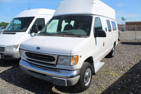 2000 Ford Econoline Cargo Van Recreational in Harwood, MD