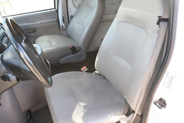 2000 Ford Econoline Cargo Van Santa Clarita, CA 15