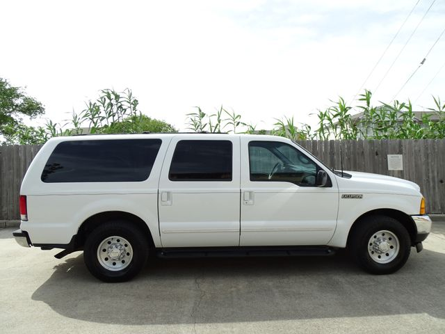 2000 Ford Excursion XLT in Corpus Christi, TX 78412