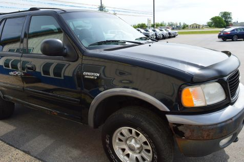 2000 Ford Expedition XLT in Alexandria, Minnesota
