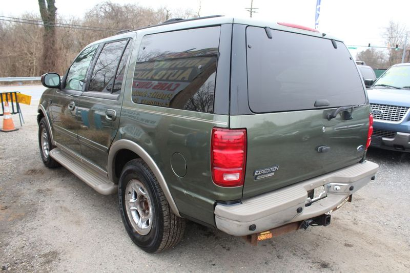 2000 Ford Expedition Eddie Bauer  city MD  South County Public Auto Auction  in Harwood, MD