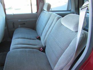 2000 Ford Explorer XL 4x4 Bend, Oregon 14