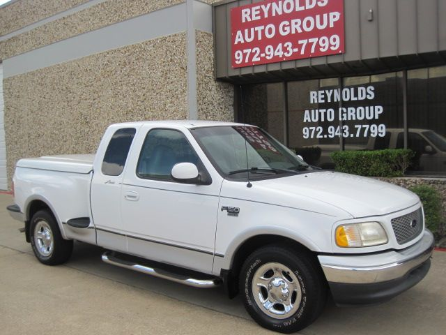 2000 Ford F150 Supercab Flareside Lariat, 1 Owner, Low miles.