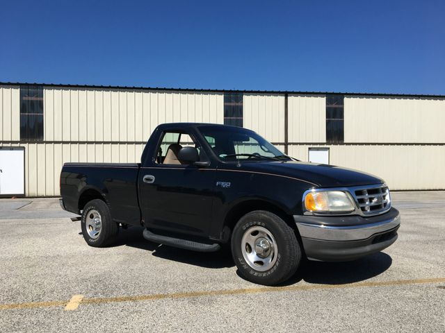 2000 Ford F-150 XL Short Bed in West Chester, PA 19382