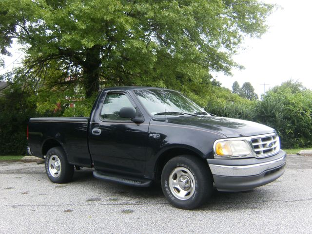 2000 Ford F-150 Short Bed