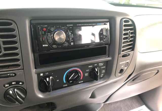 2000 Ford F150 XLT Knoxville, Tennessee 9