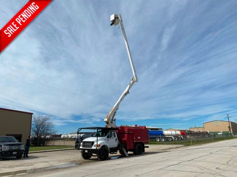 2000 Ford F750 FORESTRY BUCKET TRUCK   in Fort Worth, TX