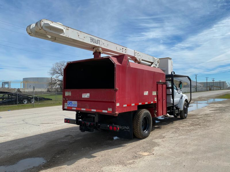 2000 Ford F750 FORESTRY BUCKET TRUCK    city TX  North Texas Equipment  in Fort Worth, TX