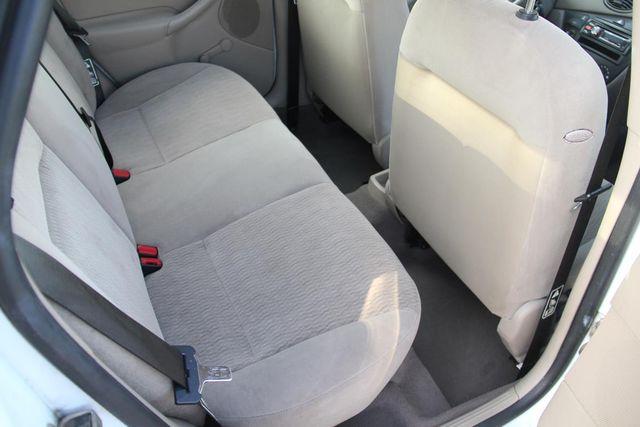 2000 Ford Focus SE Santa Clarita, CA 16