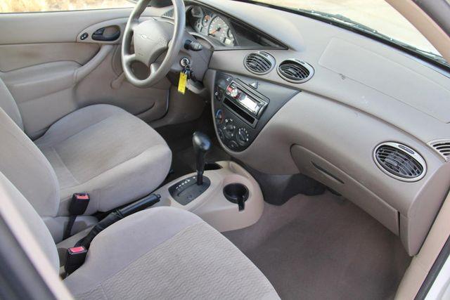 2000 Ford Focus SE Santa Clarita, CA 9