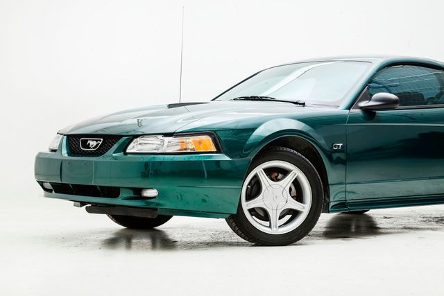 2000 Ford Mustang GT in , TX 75006