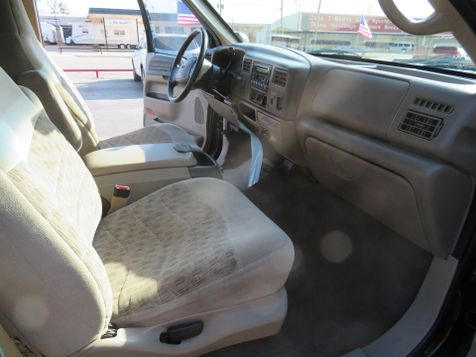 2000 Ford Super Duty F-250 XLT 4X4 | Abilene, Texas | Freedom Motors  in Abilene, Texas