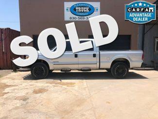2000 Ford Super Duty F-250 XL   Pleasanton, TX   Pleasanton Truck Company in Pleasanton TX