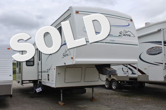 2000 Forest River Sierra 33RLDS in Jackson, MO 63755