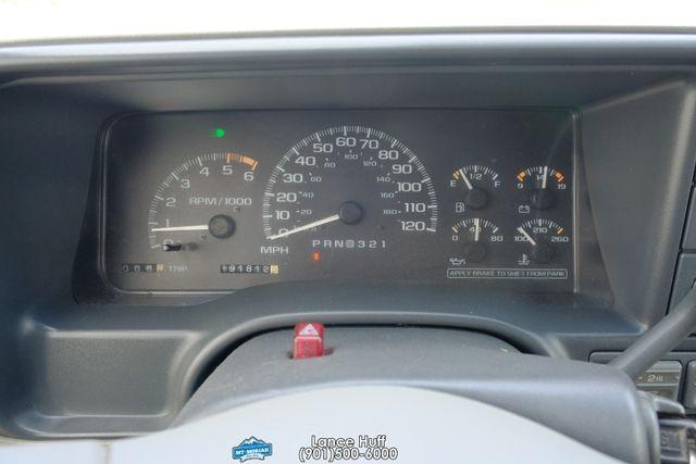 2000 GMC Denali in Memphis, Tennessee 38115