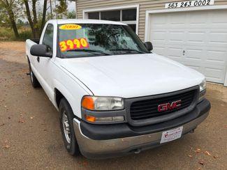 2000 GMC New Sierra 1500 SL in Clinton IA, 52732
