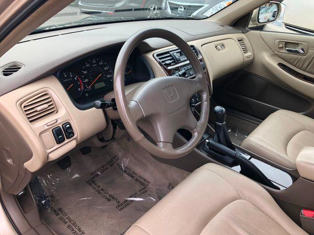 2000 Honda Accord EX w/Leather Maple Grove, Minnesota 6