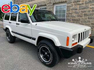 2000 Jeep Cherokee 4x4 4.0L V6 MINT CONDITION LOW MILES XJ in Woodbury, New Jersey 08093
