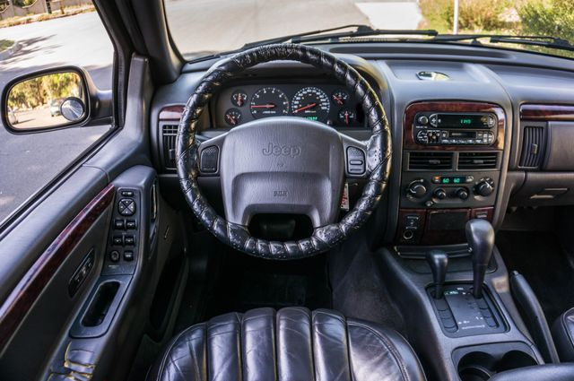 2000 Jeep Grand Cherokee Limited in Reseda, CA, CA 91335