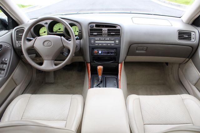 2000 Lexus GS 300 SEDAN AUTOMATIC SERVICE RECORDS NEW TIRES in Van Nuys, CA 91406